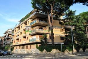 Appartamento in vendita Appio Claudio Roma Trilocale in vendita zona Roma Appio Claudio